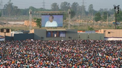 Prem Rawat / Maharaji - Message of Peace to More than 1.7 Million Indian Villagers