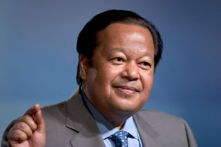 Maharaji at Sanders Theater, Harvard University