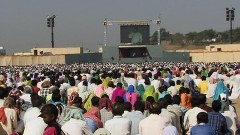 Prem Rawat / Maharaji - addressing a large audience in India